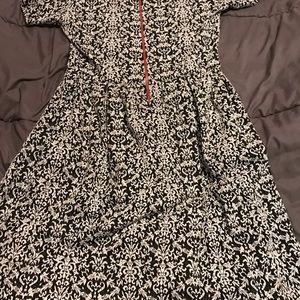 LuLaRoe Dresses - Amelia dress by LuLaRoe. Only worn once.